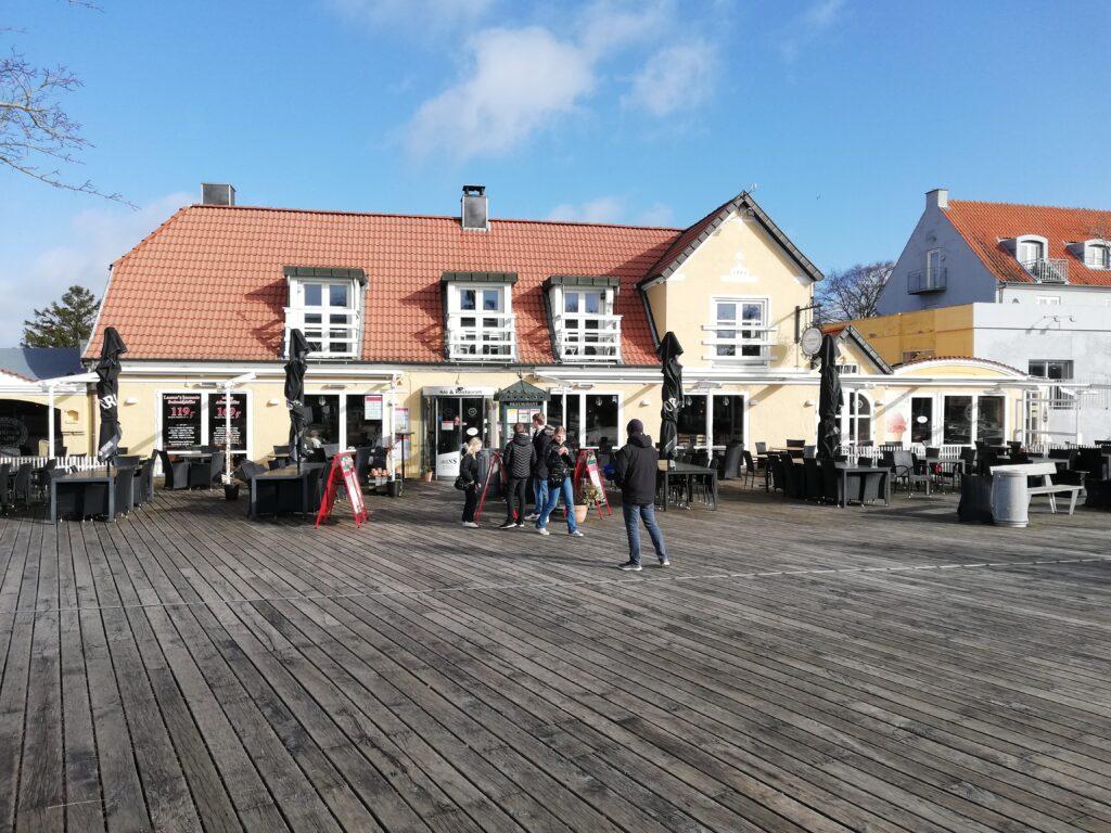 Larsens Plads